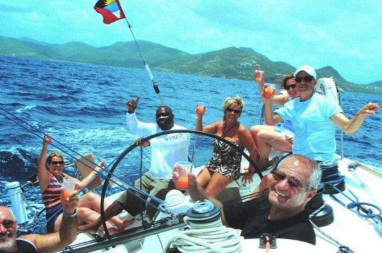 Privé Full-Day jachtcharter in Antigua