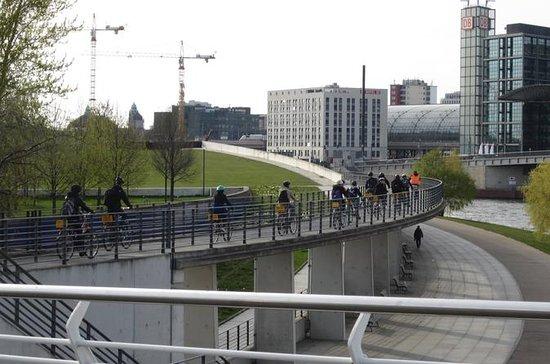 Visite en petit groupe et en vélo à...