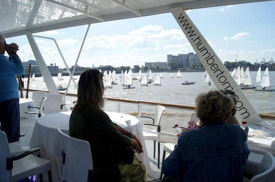 Crucero turístico con almuerzo en...