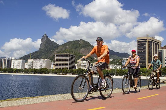 Rio de Janeiro Small-Group Panoramic Bike Tour Including Lapa