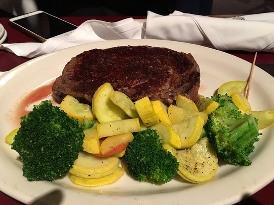 Sweetwater Steakhouse: photo2.jpg