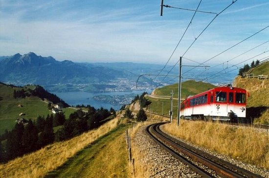 Private Guided Day Tour to Mount Rigi