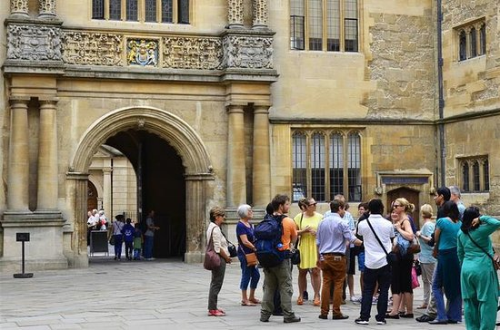 Oxford University Walking Tour with...