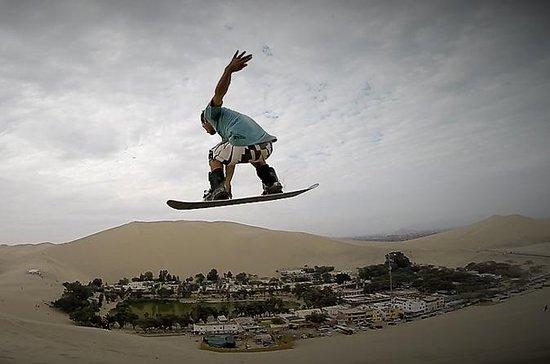 Experiencia de sandboarding en Ica