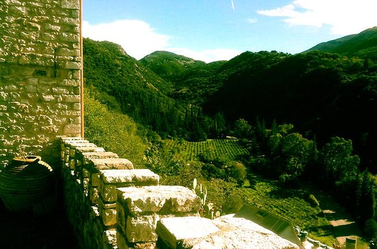 Archaia Winery plus Ancient Mycinae or Corinth 2-Day Private Tour...