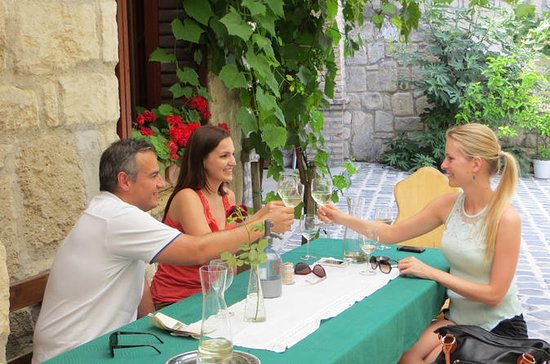 Private Half-Day Wine Tasting Tour in