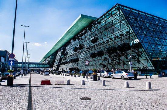 Krakow Airport Private Round-trip Transfer