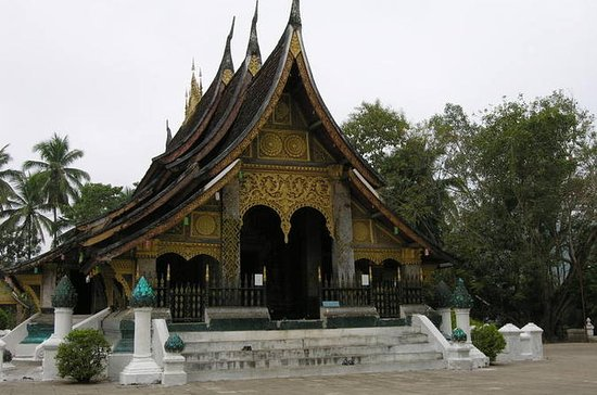 Guided Exploring Luang Prabang ...