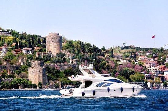 2-uur durende Bosphorus-jachtcruise ...