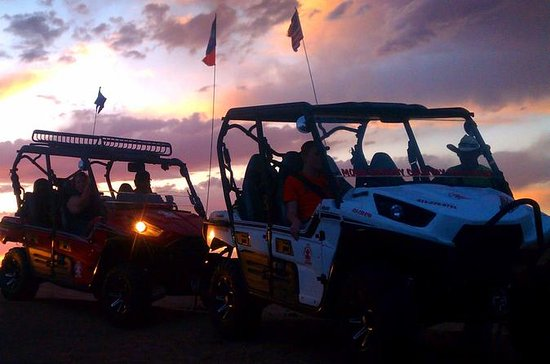 Excursion en UTV au coucher du soleil...
