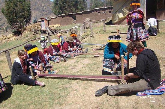 Tour cultural textil en la tierra de...