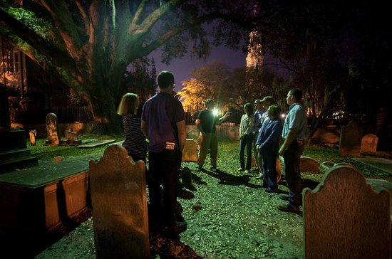 Ghost and Graveyard Tour en Charleston