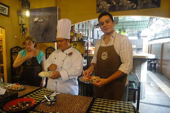 Half-Day Cooking Class in Ho Chi Minh...
