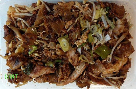 KK Malaysia Cuisine: Fried Kuey Teow
