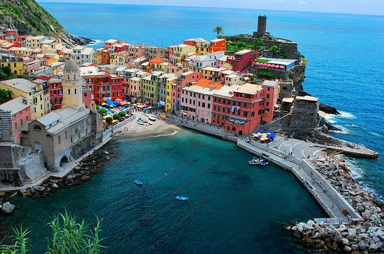 Small-Group Summer Cinque Terre and Leaning Tower Tour from Florence