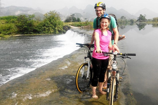 Guilin Mountain Bike Tour to Huajiang...