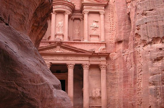 Private Tour: Petra and Wadi Rum Day ...