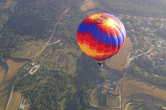 Vols en montgolfière au-dessus de...