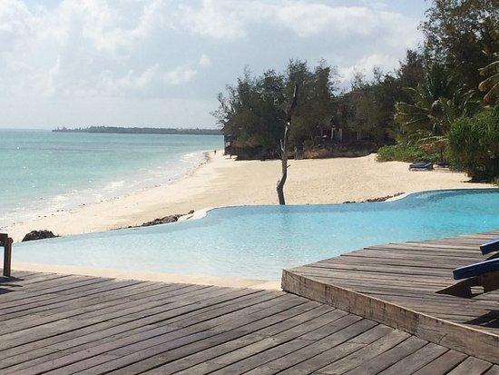 Pongwe Beach Hotel: Beautiful beach vacation.