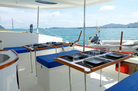 Full-Day Private Sailing Boat
