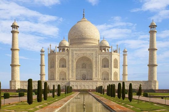 Private Taj Mahal and Agra Full-Day...