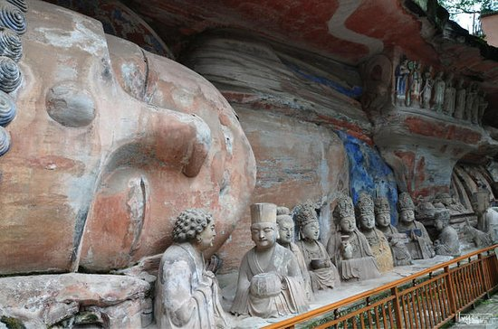Day Tour: Incredible Ancient Dazu...