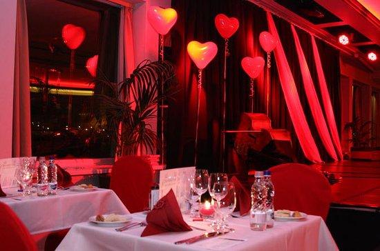 Budapest Valentinsdag middag Cruise...