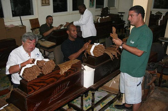 Cigar Rolling Lesson at Graycliff...