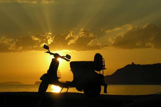 Self-Drive Vintage Vespa Tour at...