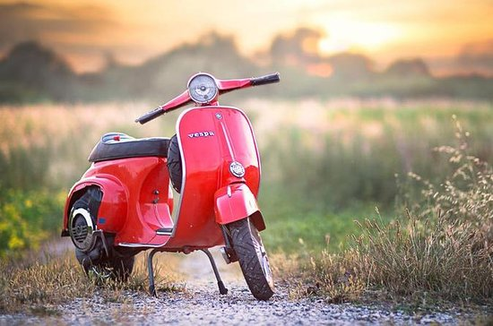 Self-Drive Vintage Vespa Tour with ...