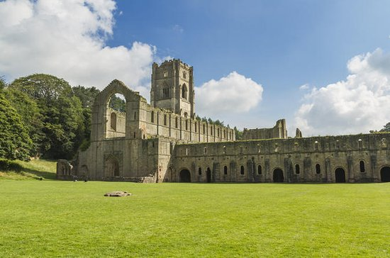Yorkshire Dales and Fountains Abbey Små...