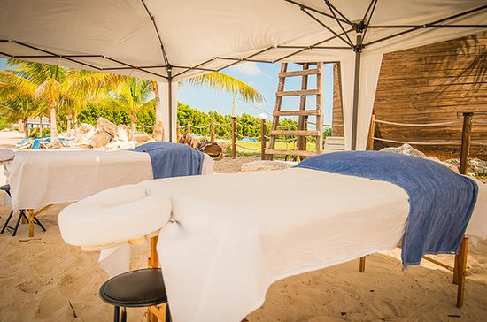 Grand Turk Beach Massage