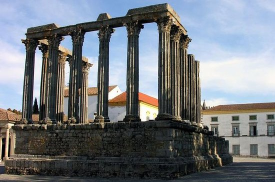 Evora Private Full Day Sightseeing ...