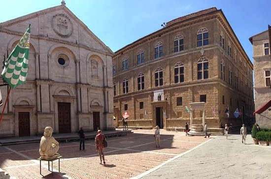 Pienza and Montepulciano Half-day...