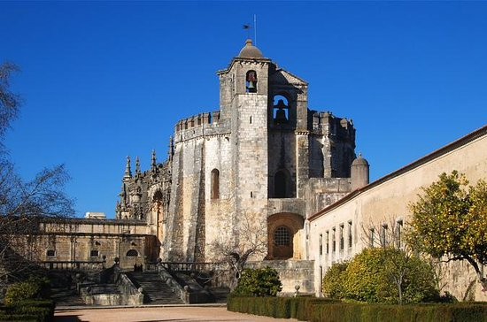 Private Tour: Tomar, Batalha, and ...