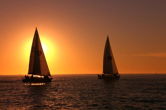 Small-Group San Diego Sunset Sailing...
