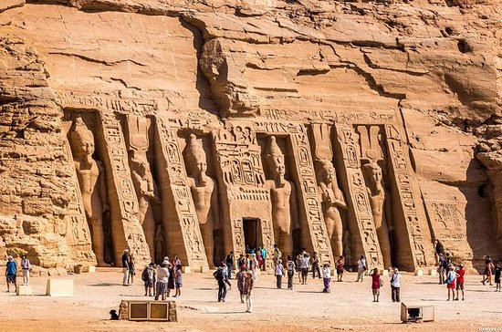 Private Day Tour to Abu Simbel from...