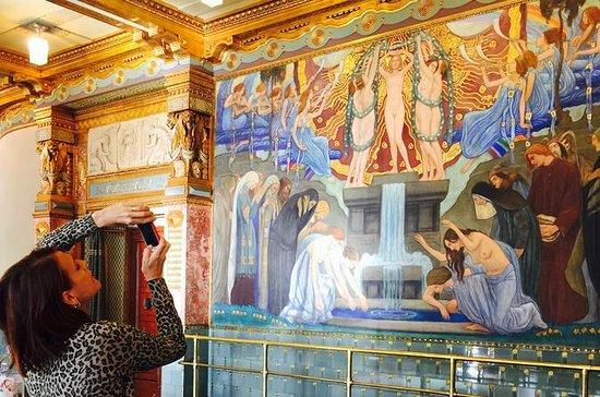 Excursión privada de Art Nouveau en...