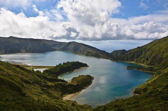 Wandeltour: Lagoa do Fogo vanuit ...