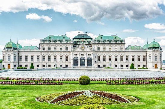 Belvedere Palace 3-Hour Small-Group ...
