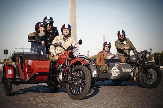 Paris Sightseeing Retro Sidecar Tour...