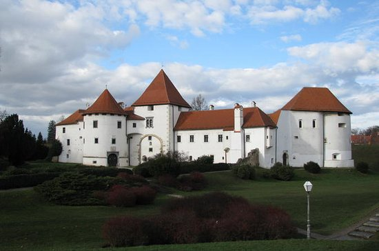 Varazdin and Trakoscan Castle...