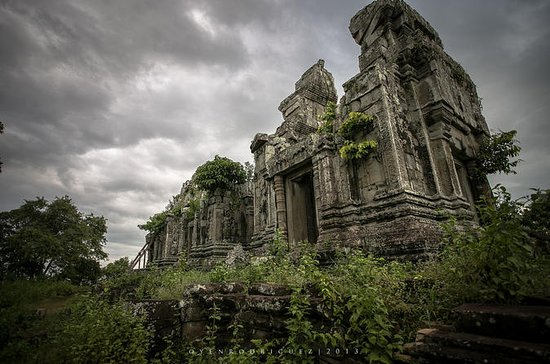 Phnom Bok Mountain Temple Tour from