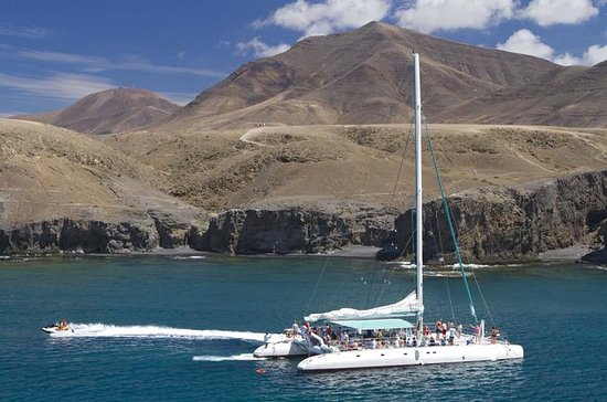Catamarano Catlanza in barca a vela a