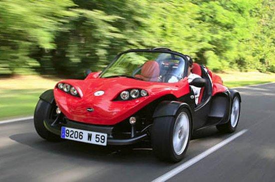 Noleggio Moorea F16 Sport Roadster
