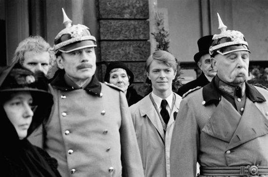 Privat Berlin David Bowie Walking...