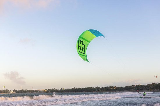 Kiteboarding Lessons in Dominican...
