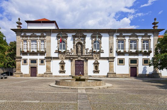 Private Tour: Guimares and Braga Day...