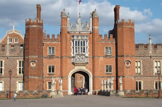 Hampton Court Palace to Windsor...