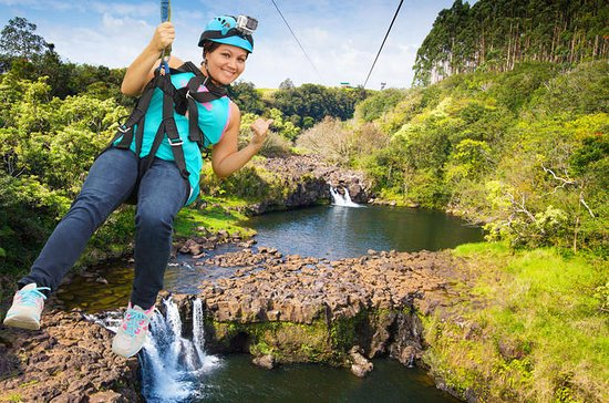 Umauma Falls Zipline and Swim 9-Line